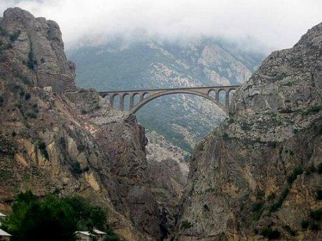 پل ورسک-قطار تهران ساری